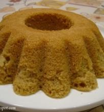 Garuose gamintas pyragas…
