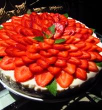 Braškinis Mascarponės tortas su jogurtu