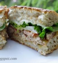 karštas čiabatos sumuštinis