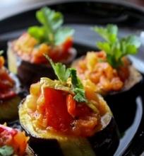 Baklažanų ir pomidorų užkandėlės