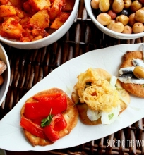 Ispaniškų tapas vakarienė