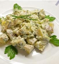 Bulvių salotos su mėlynojo pelėsio sūriu