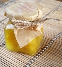 Obuolių ir cukinijų pagardas (chutney)