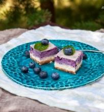 Dvisluoksnis varškės pyragas