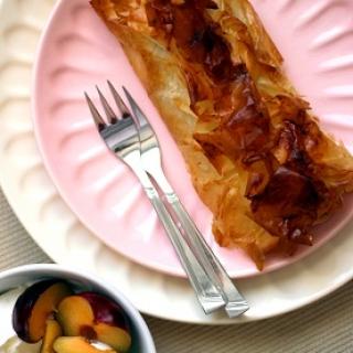 Slyvų ir obuolių pyragėliai