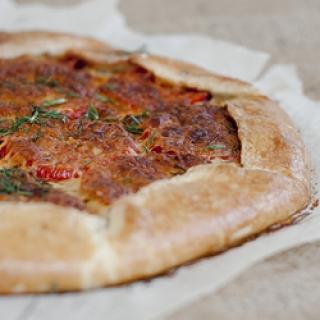 Pomidorų, kumpio ir sūrio galetė