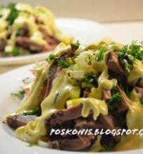 Liezuvio salotos su agurku ir ridikeliais