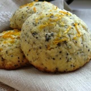 Kvepiantys Kalėdomis apelsininiai sausainiai su aguonų grūdeliais