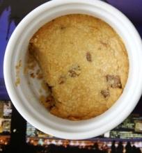 Sausainis su Šokolado Gabaliukais Vienam
