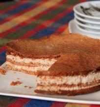 Meduolinis pyragas su varške