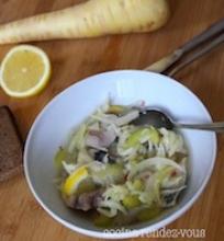 Silkė su petražolių šaknimi, salieru ir citrina