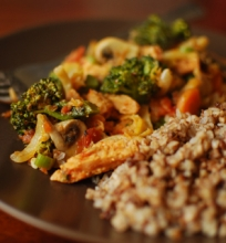 Sojos ir daržovių troškinys (veganiškas)