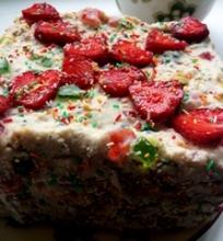 Nerealus sausainių ir varškės pyragas/tortas