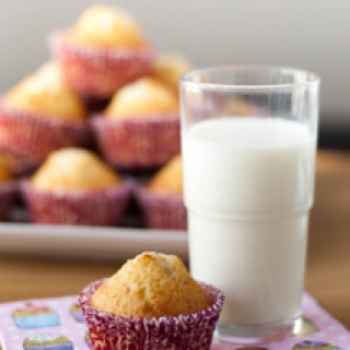 Kondensuoto pieno keksiukai