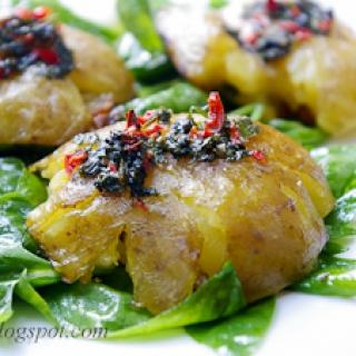 traiškytos šviežios bulvės