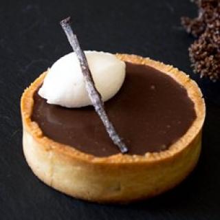 Pieniško šokolado tarta