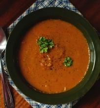 Cukinijų ir pomidorų sriuba su pupelėmis