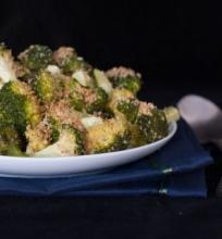 Kepti traškūs brokoliai
