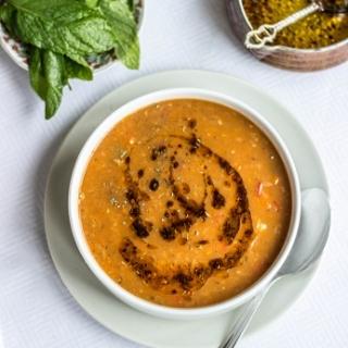 Raudonųjų lęšiu sriuba