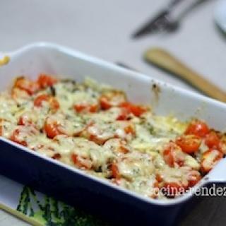 Baklažanų užkepėlė su pimidorais ir sūriu