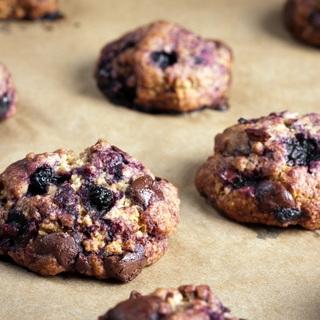 Avižiniai sausainiai su mėlynėmis