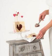 Avietinis tortas su širdele