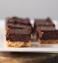 Pyragėliai su šokolado įdaru