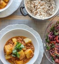 Bulvių ir vištienos troškinys
