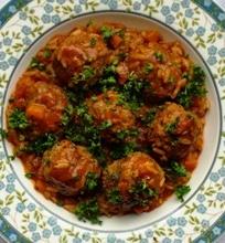 Super turbo mėsos kukuliukai pomidorų ir ryžių padaže
