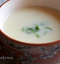 Trinta bulvių/sūrelių sriuba su šonine