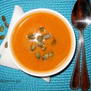 Moliūgų sriuba su paprikomis