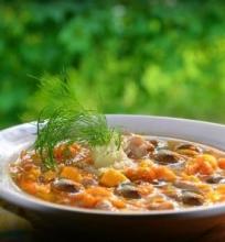 Česnakinė batatų sriuba