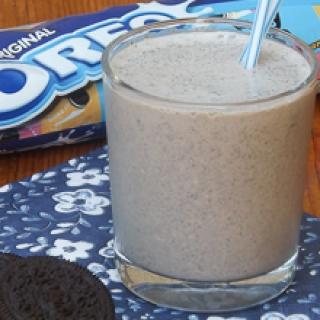Ledų kokteilis su Oreo sausainiais