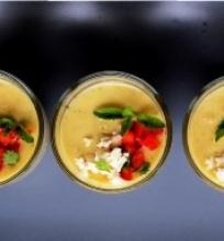 Šalta persikų sriuba