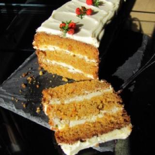 Morkų tortas su Mascarponės kremu