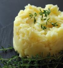 Bulvių ir salierų košė
