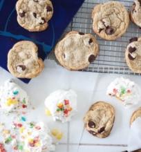 Sausainiai su šokolado lašeliais