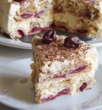 Tortas 'Vyšnių korys'