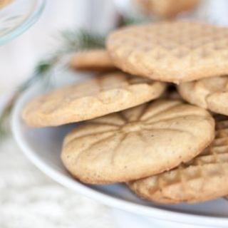 Sausainiai su skrudintu sviestu