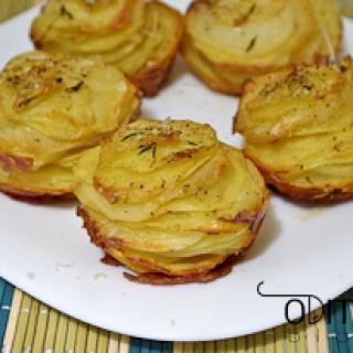 keptos bulvės su kietuoju sūriu