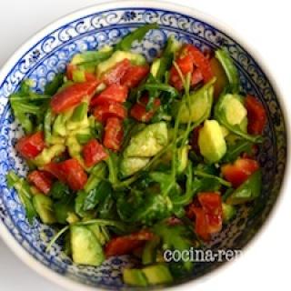Avokado salotos
