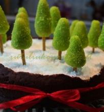 Marcipaninės eglutės tortui papuošti