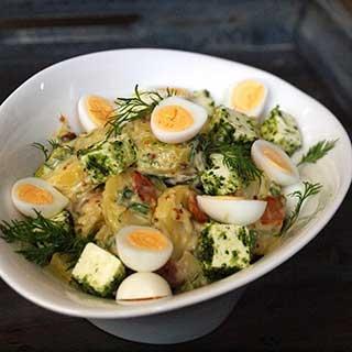 Sočios bulvių salotos