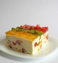 Desertinis sūris su želė gabalėliais