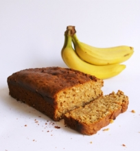 Becukrė bananų duona
