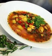 Kalakutienos sriuba su daržovėmis