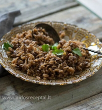 Lęšių ir ryžių troškinys