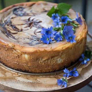 Tiramisu sūrio pyragas