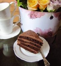 Šokoladinis kefyro tortas