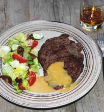 Garstyčių padažas prie steiko